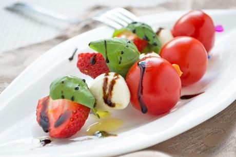 erdbeer-mozzarella-sticks.jpg