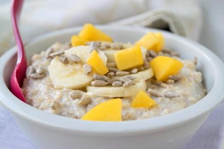 fruchtiger-porridge.jpg