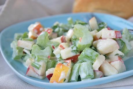 apfel-sellerie-salat.jpg