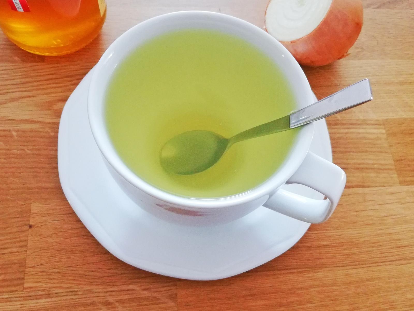 Zwiebel-Tee