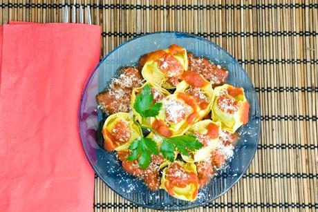 tortellini-mit-getrockneten-tomaten.jpg