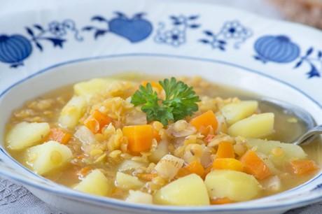 schmoreintopf-mit-linsen-und-kartoffeln.jpg
