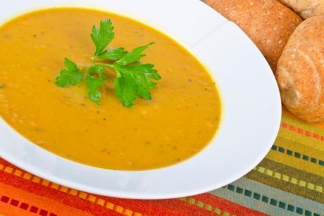 suesskartoffel-birnen-suppe-mit-kren.jpg