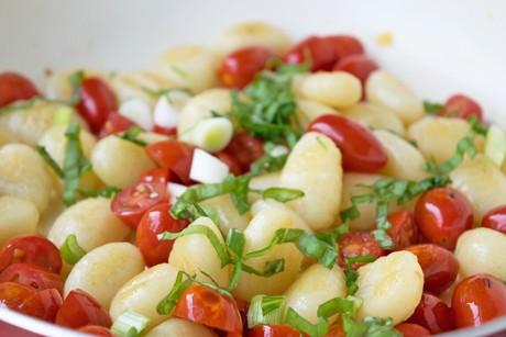 frischkaese-gnocchi-mit-basilikum.jpg