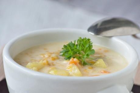linsensuppe-mit-kartoffeln.jpg