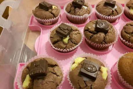 gefuellte-muffins-mit-pudding.jpg