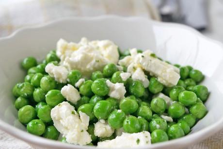 sommerlicher-feta-salat.jpg