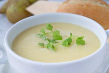 kartoffel-suppe-mit-birnen.jpg