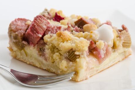 rhabarber-streusel-kuchen.jpg