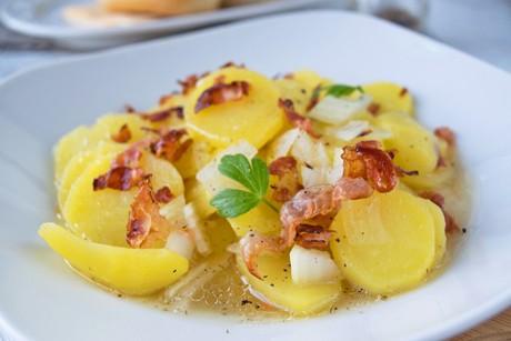 warmer-kartoffelsalat-aus-dem-schnellkochtopf.jpg