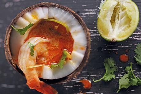 kokossuppe-mit-zitronengras-und-garnelen.jpg