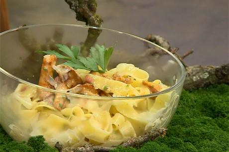 pasta-mit-eierschwammerl.jpg