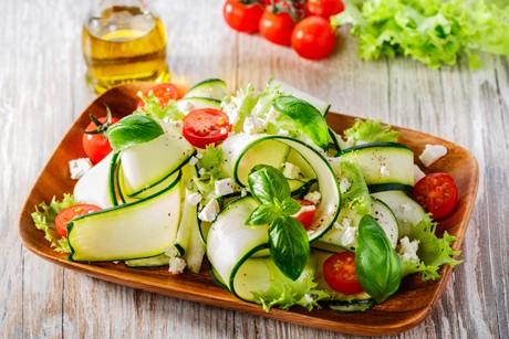 zucchinisalat-mit-tomaten.jpg