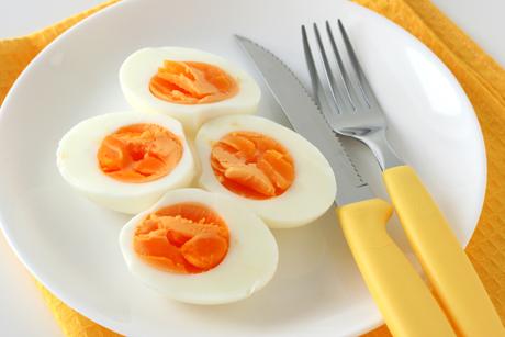 hartgekochte-eier-hartes-ei.jpg