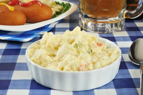 kartoffelsalat-mit-sauerrahm.jpg