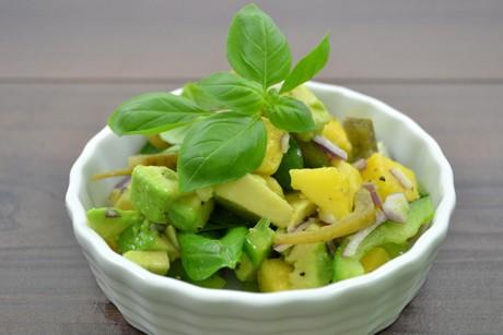 exotischer-bananenschalen-salat.jpg