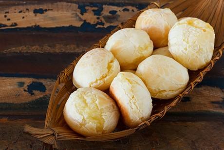po-de-queijo-brasilianische-kaesebrot-baellchen.jpg
