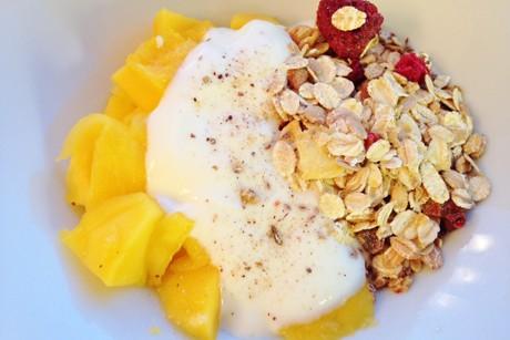 mango-jogurt-musli.jpg