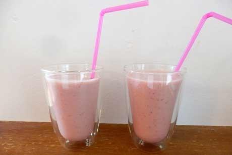 erdbeer-bananen-milch.jpg