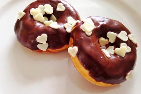 donuts-mit-schokoglasur.jpg