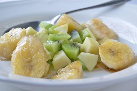 obstsalat-mit-gebratenen-bananen.jpg