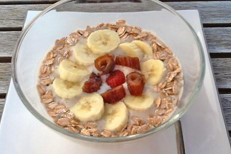 erdbeer-bananen-smoothie-bowl.jpg