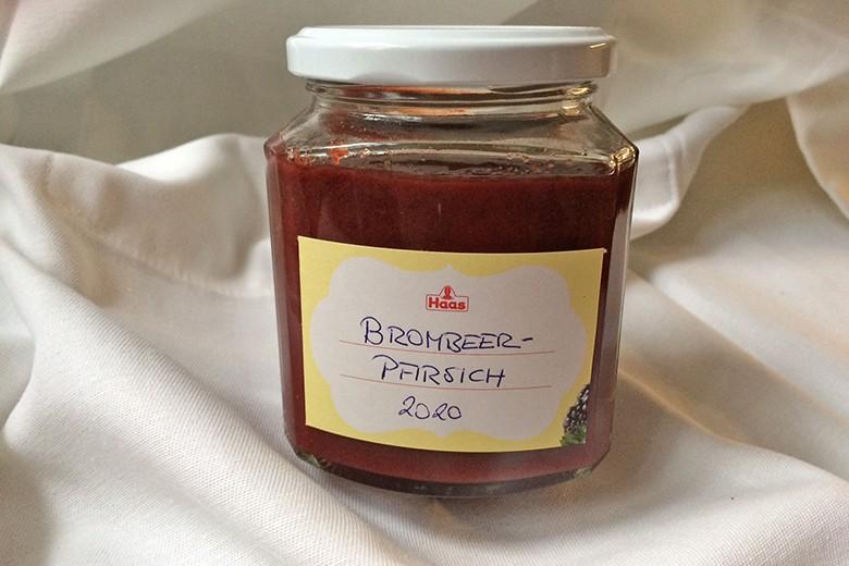 brombeer-pfirsich-marmelade.jpg