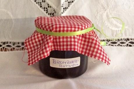 brombeer-rotwein-marmelade.jpg