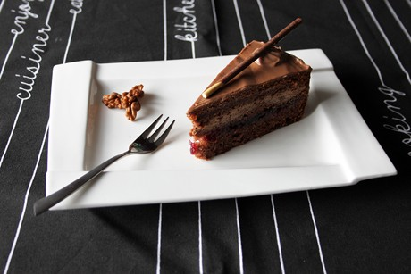 nutella-cranberry-torte.jpg