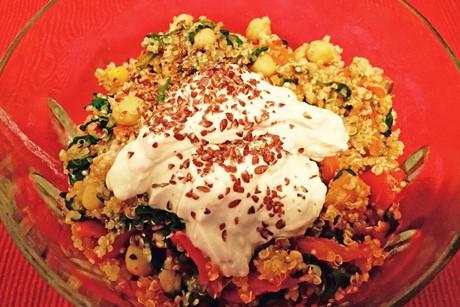 quinoa-kichererbsen-bowl.jpg