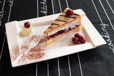 kirsch-mohn-marzipan-torte.jpg