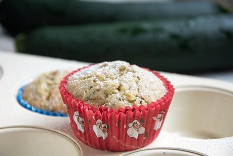 sauerrahm-zucchini-muffins.png