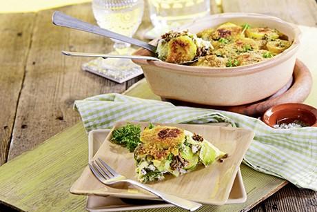kartoffel-auflauf-mit-gruenem-gemuese.jpg