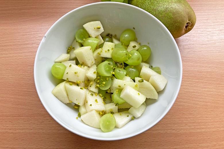 weintrauben-birnen-salat.jpg