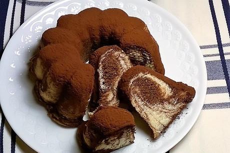 marmorgugelhupf-mit-schokolade.jpg