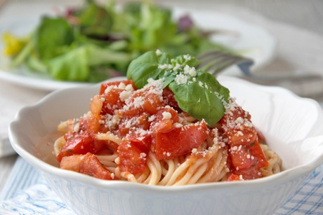 spaghetti-al-pomodoro.jpg