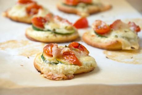 pizzataler-mit-zucchini.jpg