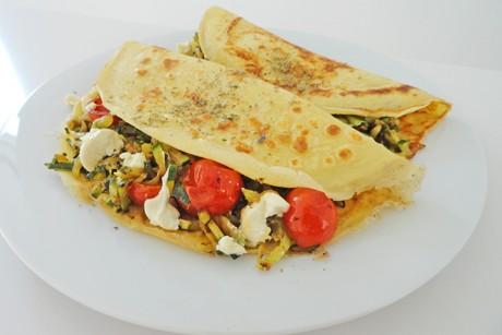 omelett-mit-zucchini-tomaten-und-feta.png