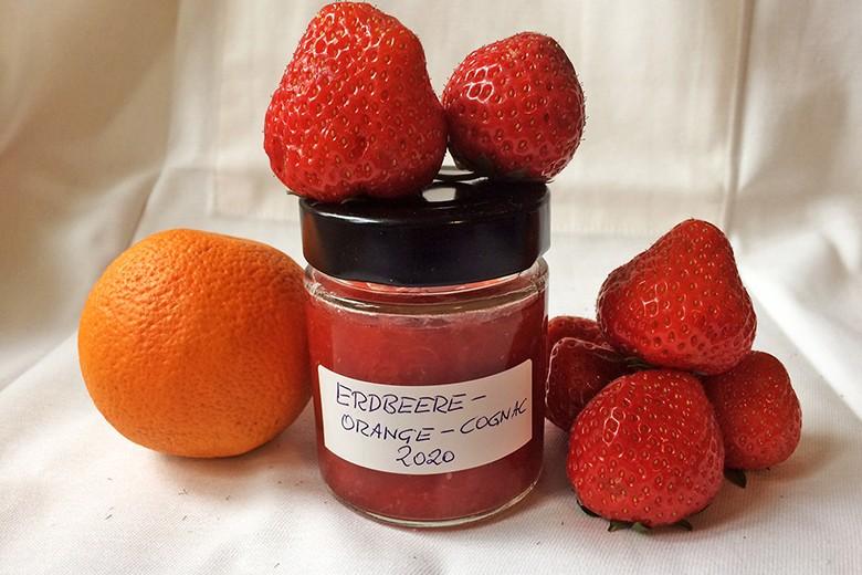 erdbeer-orangen-marmelade-mit-cognac.jpg