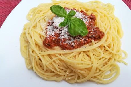 spaghetti-mit-fleischsauce.jpg