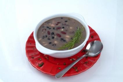 schwarze-bohnen-suppe.jpg