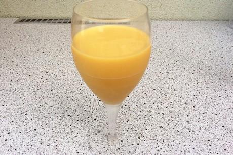 mango-ananas-smoothie-mit-kokosmilch.jpg
