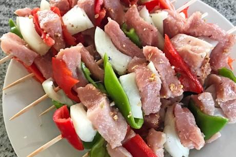 paprika-zwiebel-fleisch-spiesse.jpg