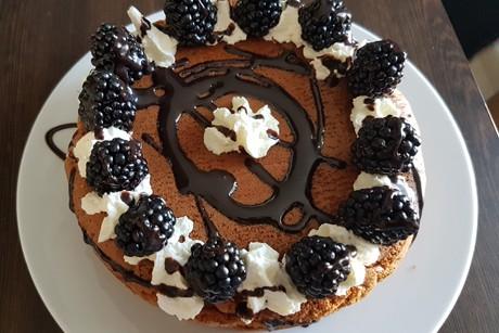 schoko-brombeer-torte.jpg