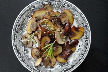 rosmarin-champignons.jpg