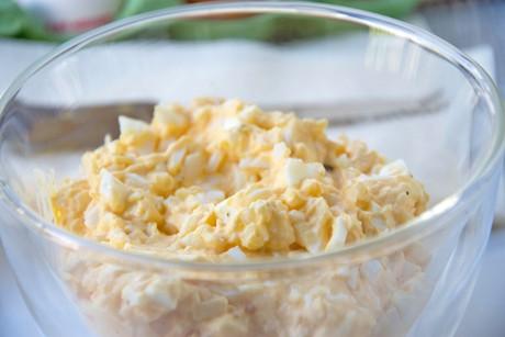 schnittlauch-eier-aufstrich.jpg