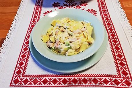 pasta-mit-avocado-mayonnaise-und-thunfisch.png