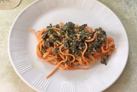 spaghetti-mit-mangoldsauce.jpg