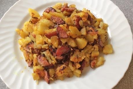 kartoffel-grostl-mit-hirschwurst.jpg