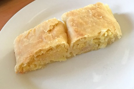 kartoffelstrudel-mit-rohen-kartoffeln.jpg